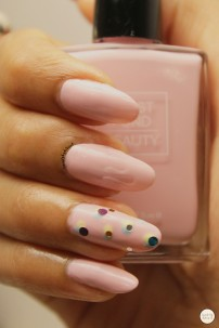 Soft Scoop Nail Art